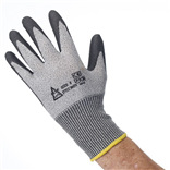 PU Coated Palm Coated Cut Level 5 Gloves