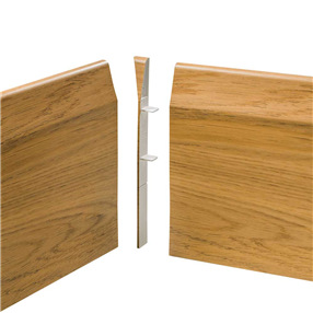 150mm Chamfered Skirting Internal Corner 90° - English Oak
