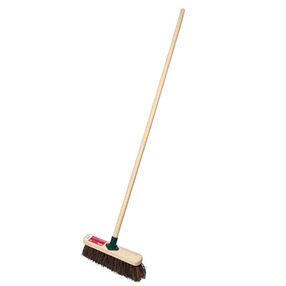 Stiff Sweeping Brush - Complete